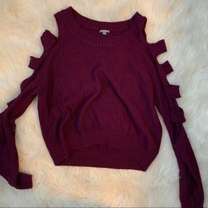 Sweater with slit sleeves